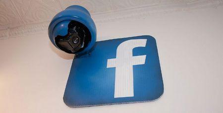El uso de las redes sociales por los empleados en las empresas y las puertas al mar