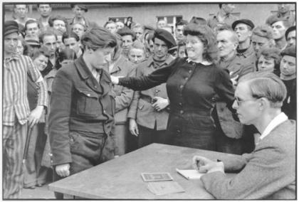 Informadora acusando a la Gestapo