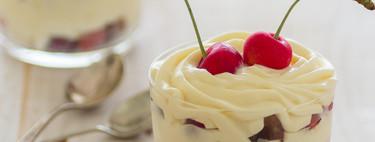 Cremoso de mascarpone y cerezas frescas: receta de postre sin horno