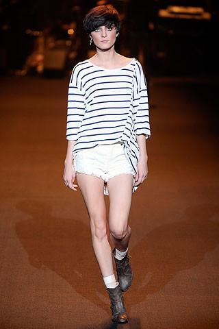 El estilo navy o marinero, tendencia estrella de esta primavera: todas las prendas