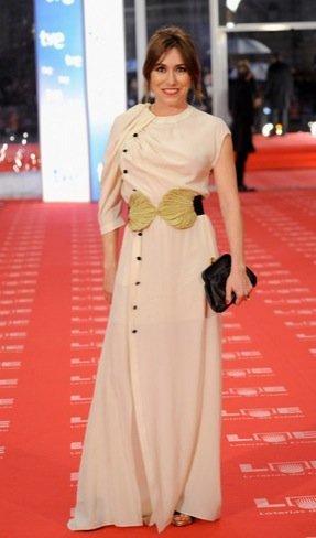 Peor vestidas Goya 2011: Lola Dueñas