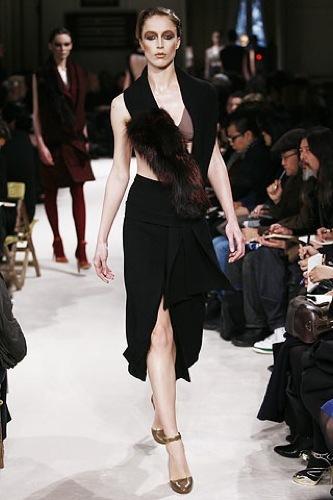 Miu Miu, Otoño-Invierno 2009/2010 en la Semana de la Moda de París, cortes