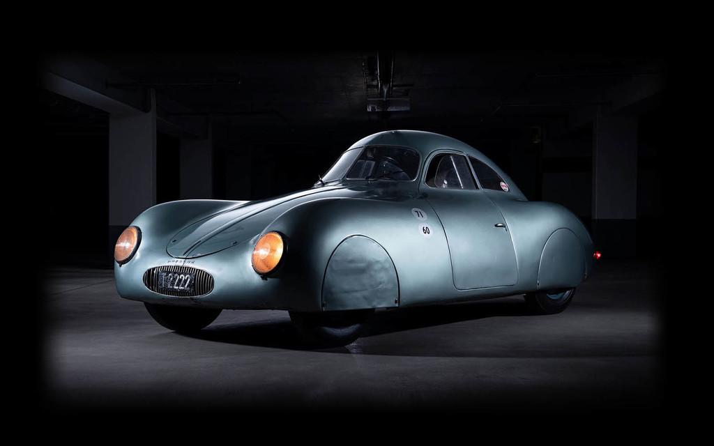 """De 70 millones de dólares a no venderse: así ha acabado la puja del único """"Porsche"""" Type 64 por un malentendido con las pujas"""