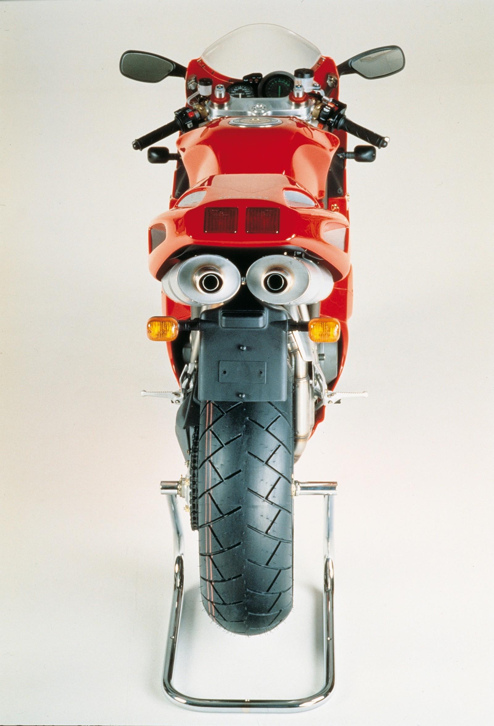 Foto de Ducati Panigale V4 25° Anniversario 916 (52/73)