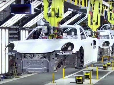 Cómo se construye un Porsche 911, en 120 segundos