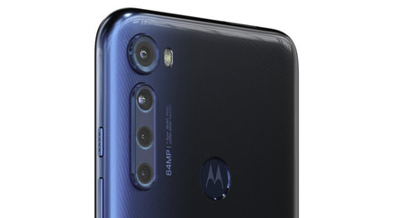 Motorola One Fusion Plus 03