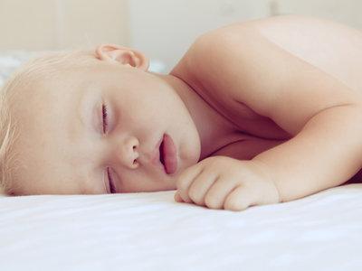 101 canciones para dormir a tu bebé: música clásica, versiones instrumentales de canciones modernas y mucho más