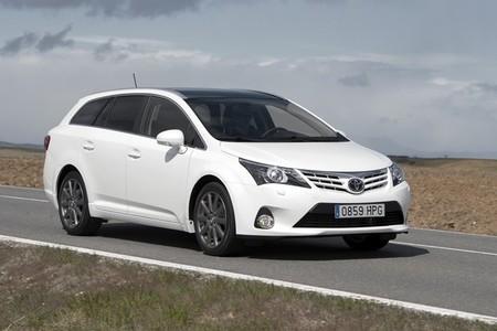 Toyota_Avensis