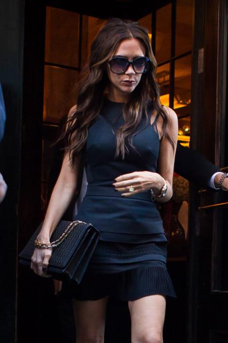 Victoria Beckham y su bolso de 10.000 euros exclusivo para MyTheresa