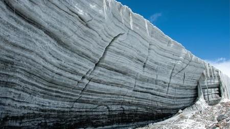Se descubren virus de más de 15.000 años de antigüedad congelados en un glaciar del Tíbet