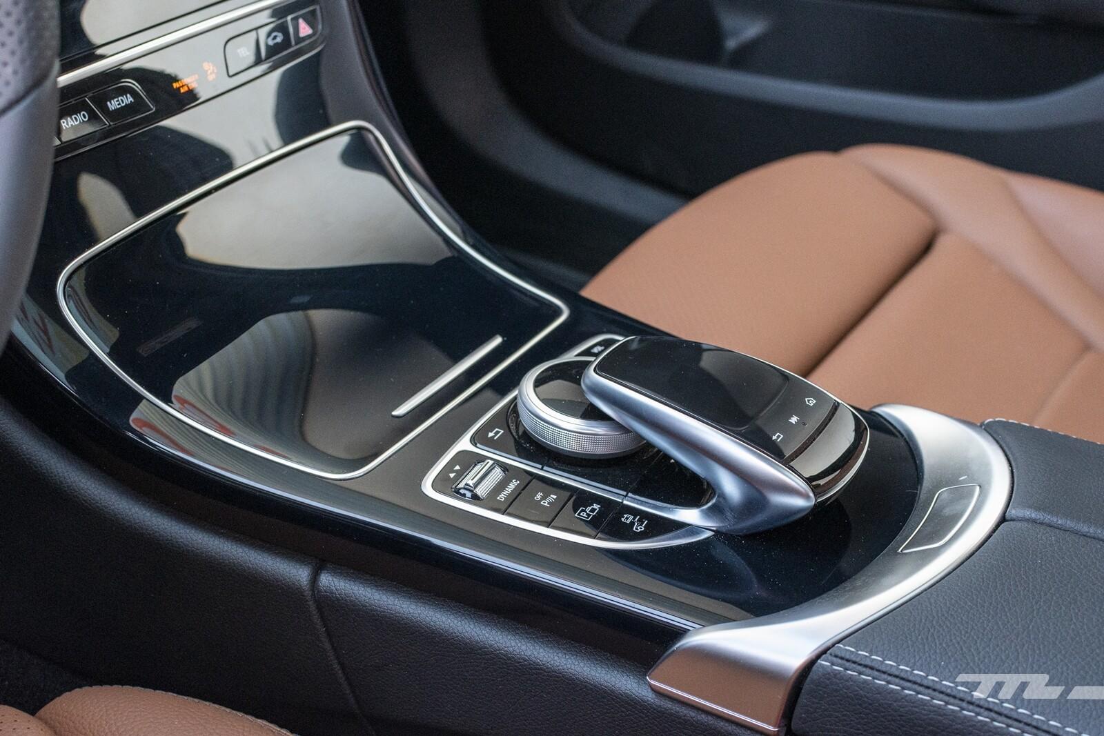 Foto de Mercedes-Benz C 300 de Estate 2020, prueba (11/46)
