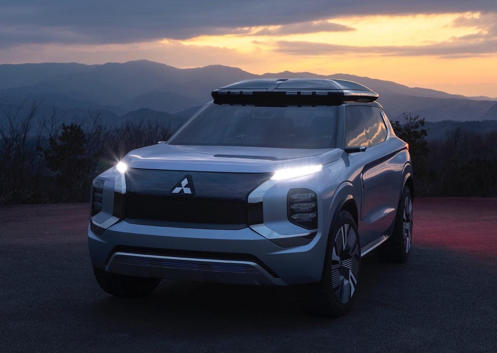 Foto de Mitsubishi Engelberg Tourer Concept (2/34)