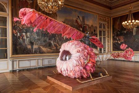 Joana Vasconcelos, una portuguesa, en Versailles