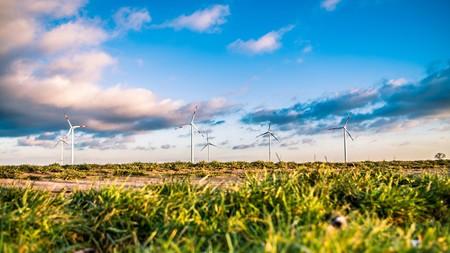 No vamos hacia un futuro con energía gratis, pero sí muy barata