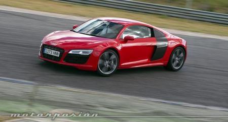 Audi R8 V10 S-Tronic derrapando