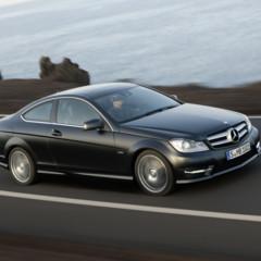 Foto 20 de 41 de la galería mercedes-benz-clase-c-coupe-2011 en Motorpasión