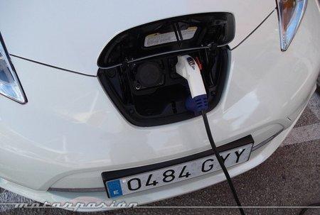 Nissan Leaf puerto de carga