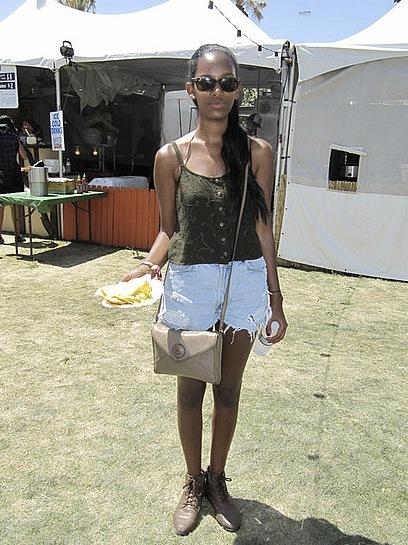 Foto de Los 10 mejores looks de las streetstylers en Coachella: nada que envidiar a las celebrities (12/38)