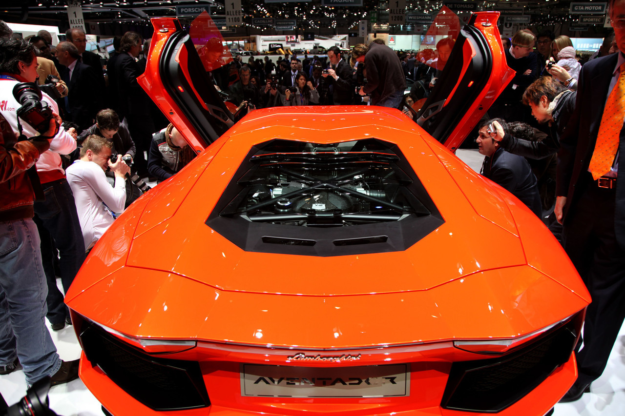 Foto de Lamborghini Aventador LP700-4 (37/62)