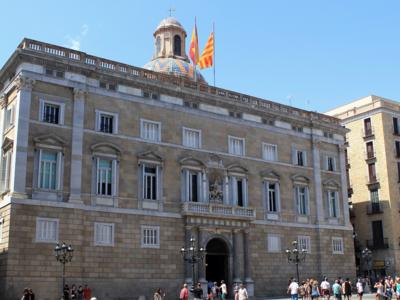 La Generalitat catalana se prepara para regular Airbnb y otros servicios similares
