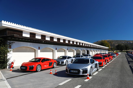 Así espoleamos los 15.000 caballos de estos Audi R8 V10 en Ascari
