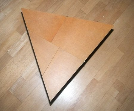 mesa triángulo