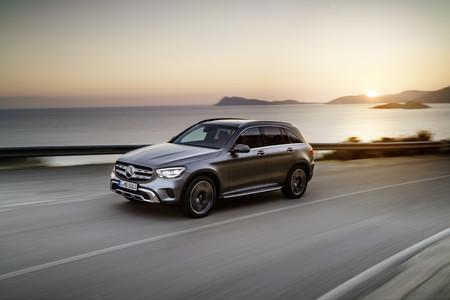 Mercedes-Benz GLC se renueva con MBUX y sistema Mild-Hybrid después de 5 años de éxito