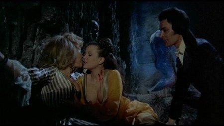 Vampiros de verdad: 'Drácula y las mellizas' de John Hough