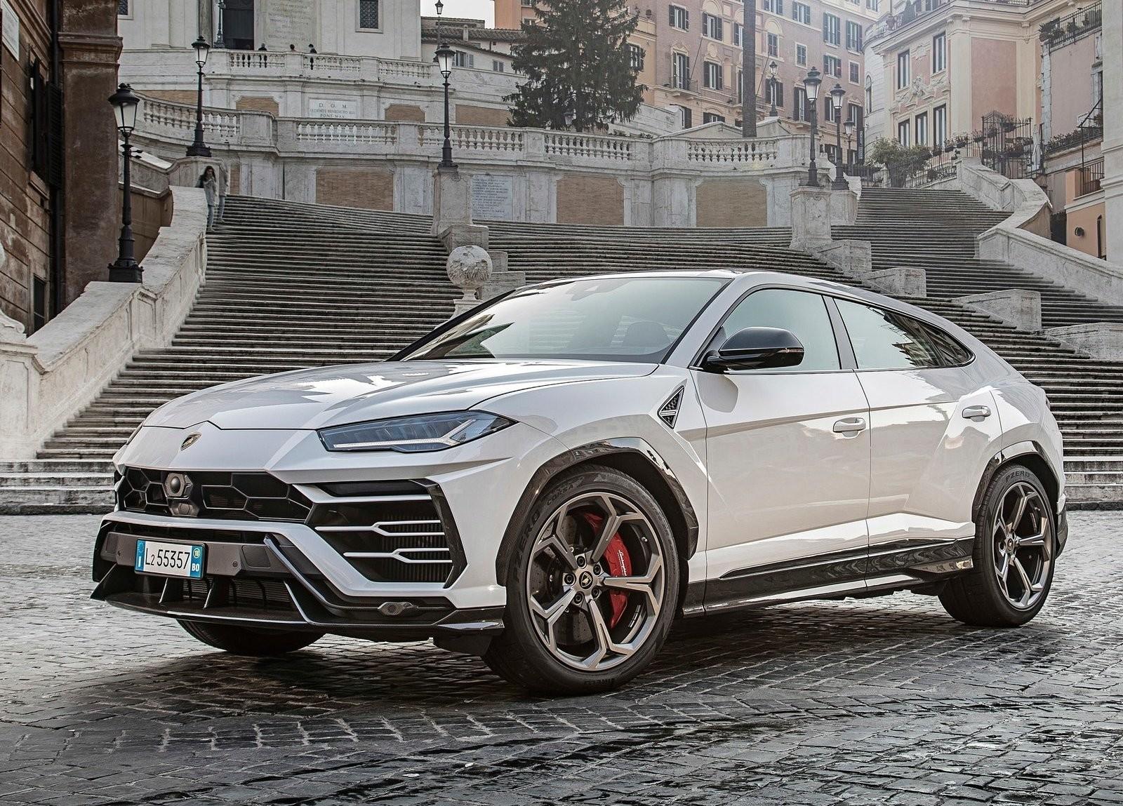 Foto de Lamborghini Urus (35/76)