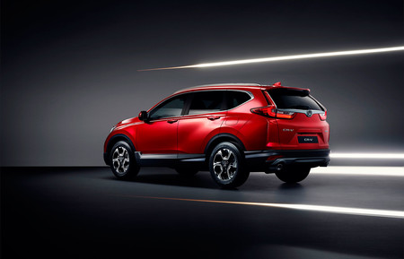 Siete plazas y apuesta híbrida, así llega la quinta generación del Honda CR-V