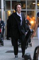 Paul McCartney con un look de lo más streetstyle