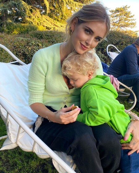 Este es el cárdigan de Zara que ha enamorado a la mismísima Chiara Ferragni (y cuelga el cartel de agotado en la web)