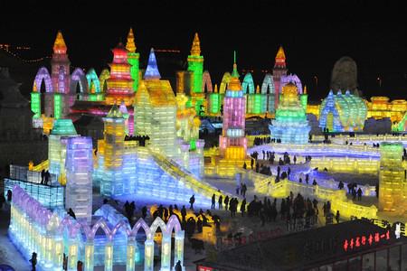 La construcción de hielo más grande de la historia en el festival más frío del mundo