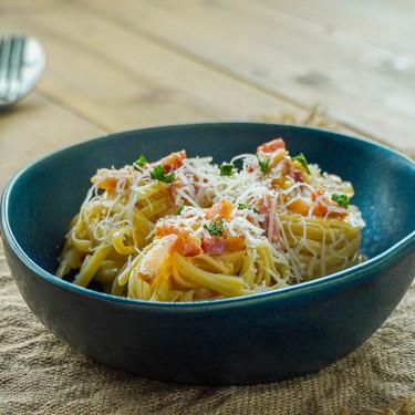 Receta de salsa carbonara: así la hacen los italianos (con vídeo incluido)