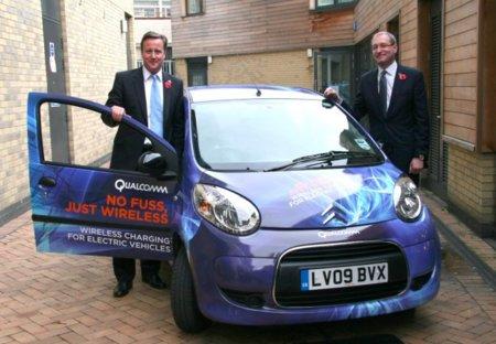 Aparca y el coche eléctrico se recargará sin cables: Qualcomm tiene la llave