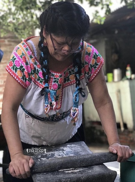 molienda-grano-nixtamalizacion-Eugenia-Revoreda-directo-al-paladar-Mexico