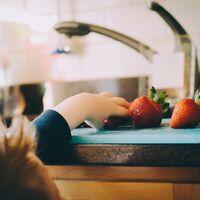 Cinco snacks saludables para que los niños lleven al cole
