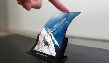 LG ya inicio la producción en masa de sus smartphones con pantalla flexible