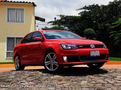 Probamos el Volkswagen Jetta GLI, y descubrimos el lado divertido de lo tradicional (I)
