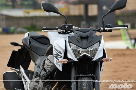 Kawasaki Z800e, prueba (características y curiosidades)