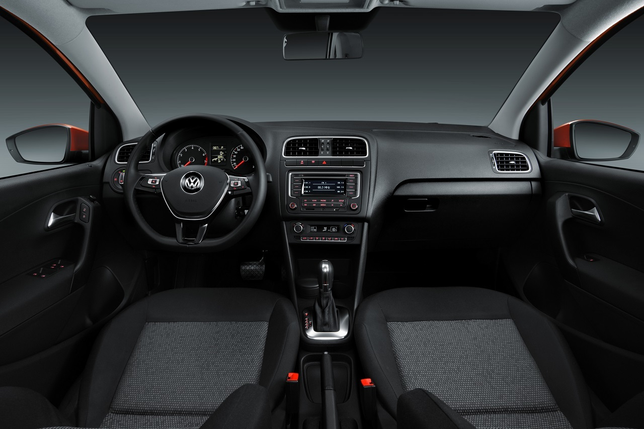 foto de volkswagen polo tsi en m xico 5 14. Black Bedroom Furniture Sets. Home Design Ideas