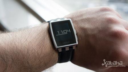 Pebble vendió 400.000 relojes en 2013, espera doblar beneficios este año
