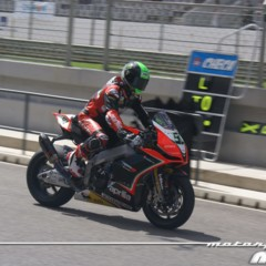 Foto 78 de 127 de la galería entrenamientos-desde-boxes-en-portimao en Motorpasion Moto