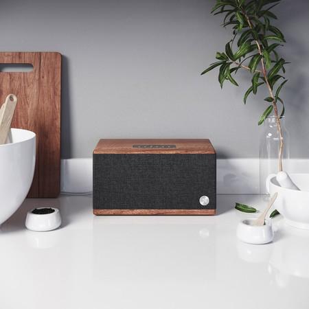 Audio Pro amplía su línea de altavoces Bluetooth con el BT5, un modelo de sobrio aspecto clásico