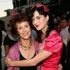 10_Katy-Perry-y-su-madre-Mary-Hudson.jpg