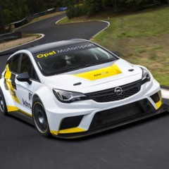 opel-astra-tcr