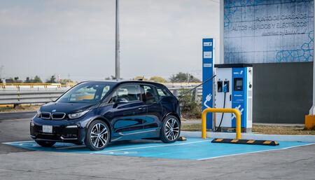 Seis años le tomó a BMW y Nissan tener 700 estaciones de carga en México con su plan de electrificación