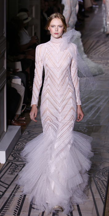 Foto de Todas las imágenes de Valentino Alta Costura Otoño-Invierno 2011/2012 (20/37)