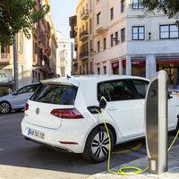 El reto de Volkswagen con los coches híbridos y eléctricos: apuntan a 330.000 unidades y cerraron 2019 con sólo 80.000 ventas