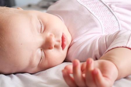 Cómo ayudar a tu bebé a dormir por las noches